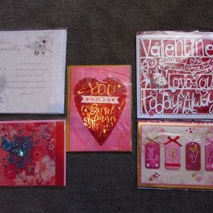 Bundle of 5 Papyrus Valentine's Day cards NWT